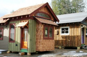 251-640x420-300x196 micro-maison
